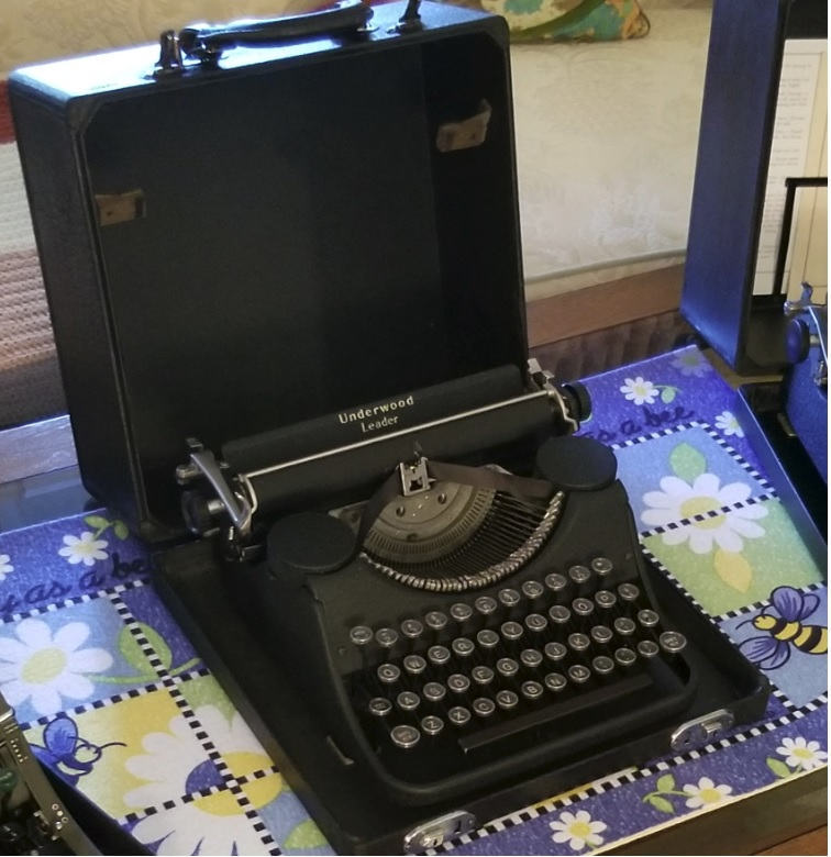 For Sale Early Underwood Leader Typewriter